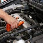 エンジンオイルの最適な交換時期は、車の乗り方によって異なる