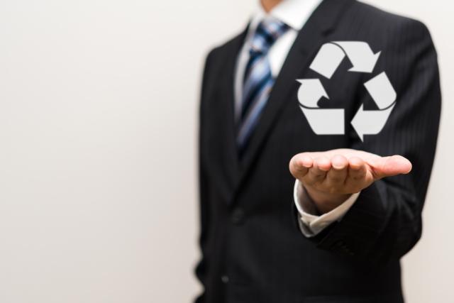車を購入するときに支払うリサイクル料金とは?