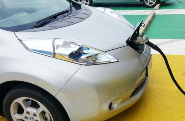 EVとは?電気自動車の充電時間とバッテリー上がりの対処法