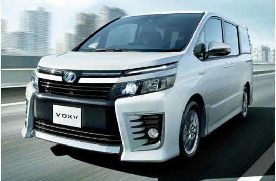 トヨタ ヴォクシーの買取価格・相場一覧表【年式別】